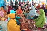 Fatayat NU Sulteng keliling desa rawan bencana praktik mengurus jenazah