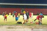 Enam pelatih kawakan incar Kalteng Putra