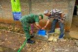 Kodim dan PDAM Gunung Kidul pasang jaringan air bersih Desa Melikan