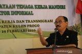 Disnakertrans Kulon Progo menggelar pelatihan kewirausahaan informal
