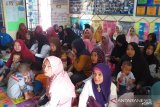 Jumlah kesertaan aktif KB di Kampung KB berkah Bersama Air Dingin, Pekanbaru, terus meningkat
