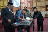 DPRD Sultra Setujui Penetapan Sembilan Ranperda Menjadi Perda
