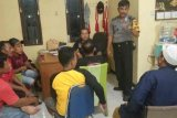 Pemuda ini diringkus Polisi karena mencuri kotak amal masjid