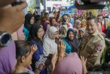 Mensos serahkan  bantuan banjir Pekalongan Rp1,2 miliar