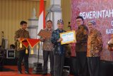 Wali Kota Mataram terima penghargaan pengawasan kearsipan