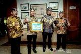 Kementerian Sosial raih penghargaan dari ANRI