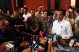 Pengamat: Tidak perlu buru-buru rombak kabinet Jokowi