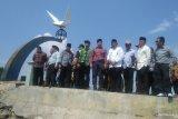 Komisi VIII DPR tinjau abrasi di Tugu Merpati Perdamaian: menyedihkan (Video)