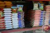 Di Kendari. harga beras lokal naik dibanding beras impor