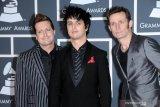 Grup band Green Day batalkan tur Asia karena virus corona