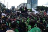 Ojek daring gelar aksi demonstrasi di DPR