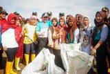 Masyarakat Pati diajak kurangi sampah plastik
