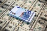 Dolar AS sedikit melemah jelang pertemuan Fed, mata uang kripto melonjak
