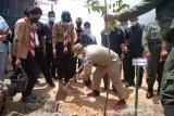 Pemprov Sulsel tanam 3.300 bibit pohon di kawasan Bandara Buntu KunikToraja