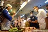 Mendag Lutfi memaklumi kenaikan harga daging ayam