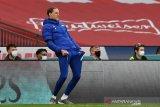 Piala FA - Tuchel perdana dampingi Chelsea di depan suporter saat final kontra Leicester