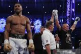 Usyk rebut sabuk juara kelas berat dari Anthony Joshua