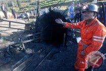 Penyintas ledakan tambang emas Shandong tulis surat dari bawah tanah