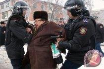 Polisi di Kazakhstan tangkap puluhan demonstran anti pemerintah