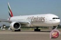 Maskapai penerbangan Emirates berikan vaksin COVID kepada staf
