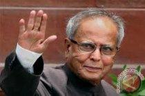 Mantan presiden India Pranab Mukherjee terinfeksi corona