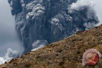 Gunung berapi White Island di Selandia Baru meletus, beberapa cedera