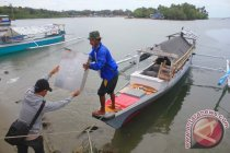 Tambatan perahu di Ponelo Kepulauan Gorontalo Utara ditambah