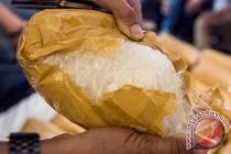 Polda Jambi tangkap kurir lima kilogram sabu