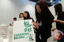 Viral, pegawai pemerintah China bakar buku perpustakaan