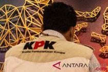 KPK bawa 11 orang dari penangkapan di Lampung