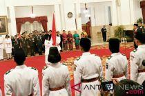 Presiden Jokowi kukuhkan Paskibraka 2018