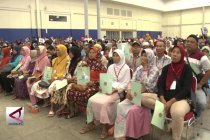Presiden bagikan 10.000 sertifikat tanah kepada warga Banten