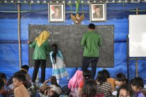 Iluni UI bangun sekolah tanggap bencana di Lombok