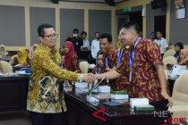 Wakil Ketua MPR RI Mahyudin terima kunjungan guru dari Kutai Timur