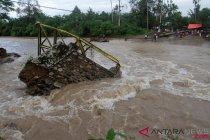 Jembatan Putus Akibat Banjir