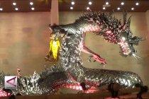 Patung Naga Perak terbesar di Indonesia senilai Rp10 miliar