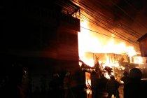 Api hanguskan asrama Gereja Reformasi
