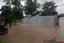8 meninggal, 4 hilang akibat banjir Sulsel