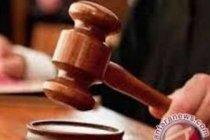 Hakim vonis mantan Direksi Tiga Pilar empat tahun penjara