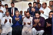 Pakistan serukan perdamaian dengan India saat unjuk kekuatan