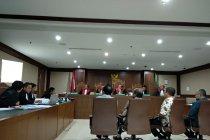 Jaksa KPK tampilkan daftar pembagian dana hibah dari Sekjen KONI