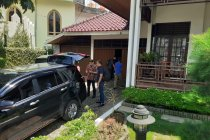 KPK benarkan geledah rumah Bupati Solok Selatan