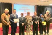 Mahasiswa Indonesia terima penghargaan di Paris