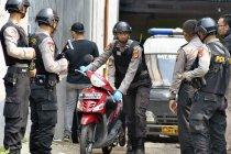 Densus tangkap dua terduga teroris di Jatim