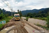 Pemudik diimbau waspada tiga titik rawan di Jembatan Merah-Lingga Bayu