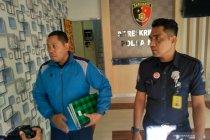 Penyidik KPK periksa pegawai Imigrasi Mataram di Polda NTB
