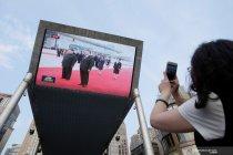 Warga Beijing menyaksikan pertemuan Xi Jinping dan Kim Jong Un