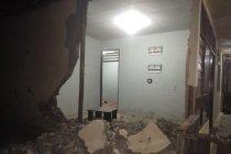BPBD sebut 971 rumah warga rusak berat, tiga meninggal