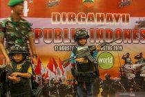 Pameran Alutsista TNI di pusat perbelanjaan