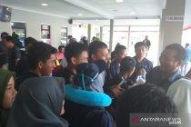 Suasana haru mewarnai pemulangan SMN asal Sulawesi Tenggara